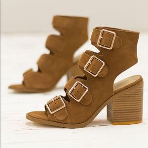 Host Pick! Rag & Co Buckle Heeled Sandals